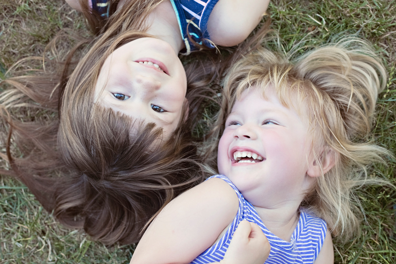 sisters-grass-seattle-portland-photographer-2