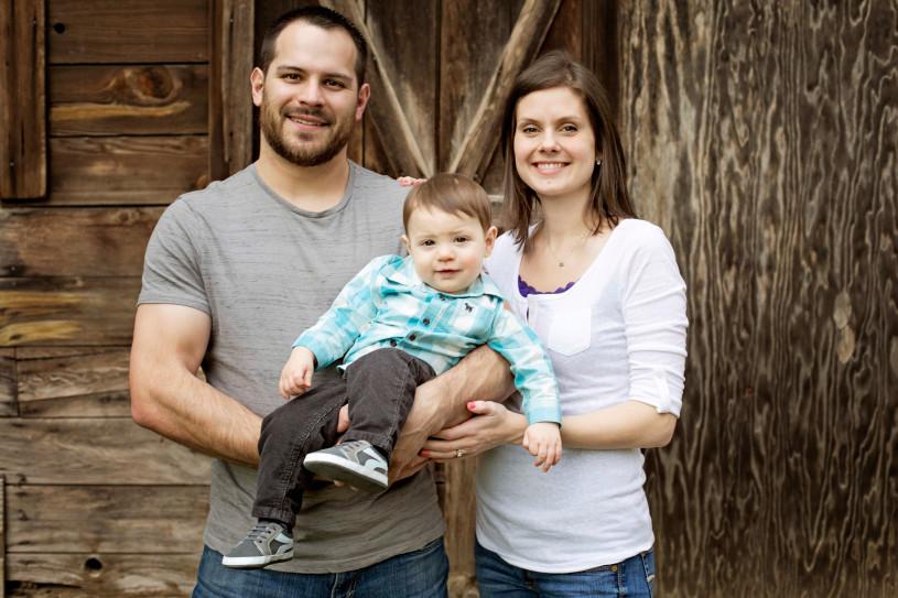 portland-family-barn-sons-portraits-1